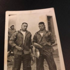 Militaria: ANTIGUA FOTOGRAFIA - SOLDADOS - MILITARES - MARQUEZ Y FERNANDEZ - CARTAGENA - 7.5X10.5CM. Lote 191759603