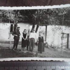 Militaria: SOLDADO WEHRMACHT CON LUGAREÑOS. Lote 191831515
