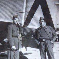 Militaria: FOTOGRAFÍA SOLDADOS AVIACIÓN. JUNKERS 52. Lote 192677762