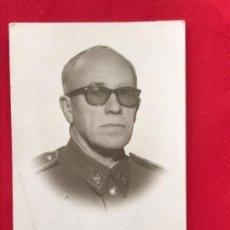 Militaria: FOTO CARNET MILITAR FOTOGRAFO IBAÑEZ MADRID 5,6X4 CM. Lote 192882132