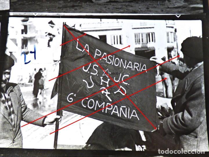 BANDERA REGIMIENTO PASIONARIA. 6ª COMPAÑÍA. JUVENT SOCIALISTAS Y UNIÓN DE HERMANOS PROLETARIOS 1936 (Militar - Fotografía Militar - Guerra Civil Española)