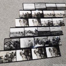 Militaria: 6 TIRAS DE PEQUEÑAS FOTOS DE LA GUERRA CIVIL.. Lote 194084035