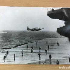 Militaria: FOTOGRAFÍA ORIGINAL DE PRENSA ALIADA - FRENTE DEL PACÍFICO - 15 OCTUBRE 1942 - DOUGLAS DAUNTLESS. Lote 194088122