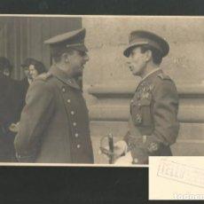 Militaria: FOTOGRAFIA FRANCISCO FRANCO EN EL PALACIO DE EL PARDO (MADRID) FOTO TELLO PASEO DEL PRADO 12. Lote 194120577
