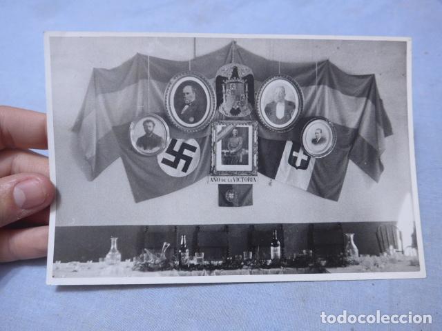 * ANTIGUA FOTOGRAFIA DE 1939 DE ALIADOS DE FRANCO DE GUERRA CIVIL, SELLADA BARCELONA. ZX (Militar - Fotografía Militar - Guerra Civil Española)