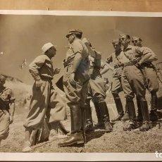 Militaria: LA LEGIÓN. ANTIGUA FOTOGRAFÍA CEUTA 23×18. Lote 194303926