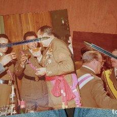 Militaria: FOTOGRAFIAS MILITARES ALTA GRADUACION CARGADOS DE MEDALLAS, CREO SON DE SANIDAD, ACADEMIAM. SANIDAD. Lote 194959862