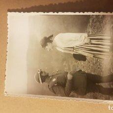 Militaria: FOTOGRAFÍA GUARDIA CIVIL DE TRÁFICO. AÑOS 60. Lote 195208528