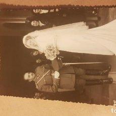 Militaria: FOTOGRAFÍA BODA TENIENTE. EJÉRCITO ESPAÑOL. AÑOS 60. CASTELLÓN.. Lote 195208933