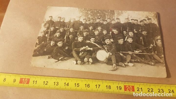 Militaria: Fotografía Ejército español. Regimiento de Infantería Guadalajara 30. Valencia. Años 20. - Foto 4 - 195210573