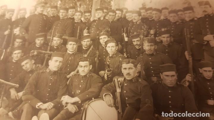 Militaria: Fotografía Ejército español. Regimiento de Infantería Guadalajara 30. Valencia. Años 20. - Foto 3 - 195210733