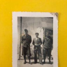Militaria: MILITAR, ITALIA, FOTOGRAFÍA ANTIGUA. SOLDADOS DEL PERÍODO FASCISTA DE MUSSOLINI. (H.1940?). Lote 195325891
