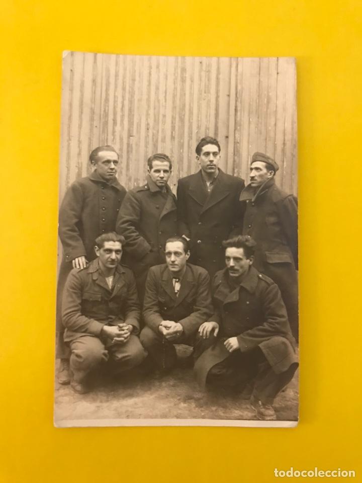 MILITAR. ITALIA, FOTOGRAFÍA GRUPO DE SOLDADOS ITALIANOS.., ÚLTIMOS DÍAS DE LA II GUERRA MUNDIAL (Militar - Fotografía Militar - II Guerra Mundial)