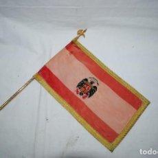 Militaria: ANTIGUA BANDERA ESPAÑOLA PARA DESPACHOS . Lote 195416802