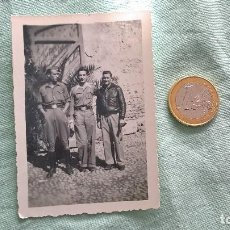 Militaria: GUERRA CIVIL..OFICIALES NACIONALES POSIBLEMENTE..FOTO ORIGINAL.. Lote 195446785