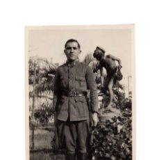 Militaria: POSTAL FOTOGRÁFICA. SOLDADO DE ARTILLERÍA. 1931.. Lote 195767450