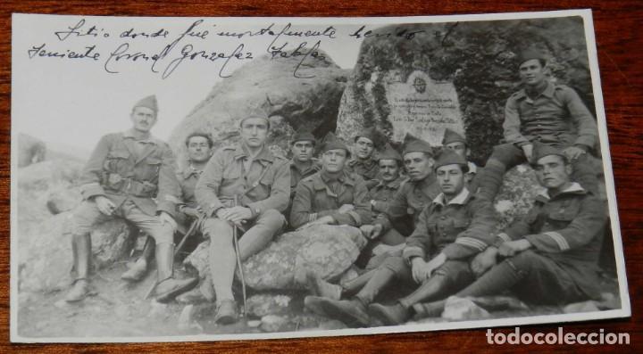 FOTOGRAFIA DE LEGIONARIOS EL SITIO DONDE FUE MORTALEMENTE HERIDO EL 12.5.1922, EL TENIENTE CORONEL D (Militar - Fotografía Militar - Otros)