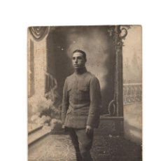 Militaria: FOTOGRAFÍA MILITAR.TENIENTE REG. Nº 20. ALFONSO XIII.. Lote 195982276