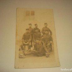Militaria: ANTIGUA FOTO DE MILITARES DE MELILLA .. Lote 196306980