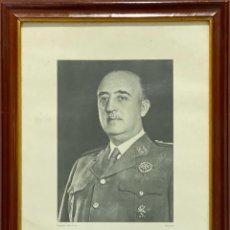 Militaria: FOTOGRAFIA ENMARCADA DE FRANCO. RETRATO OFICIAL DE ANGEL JALON. . Lote 196569826