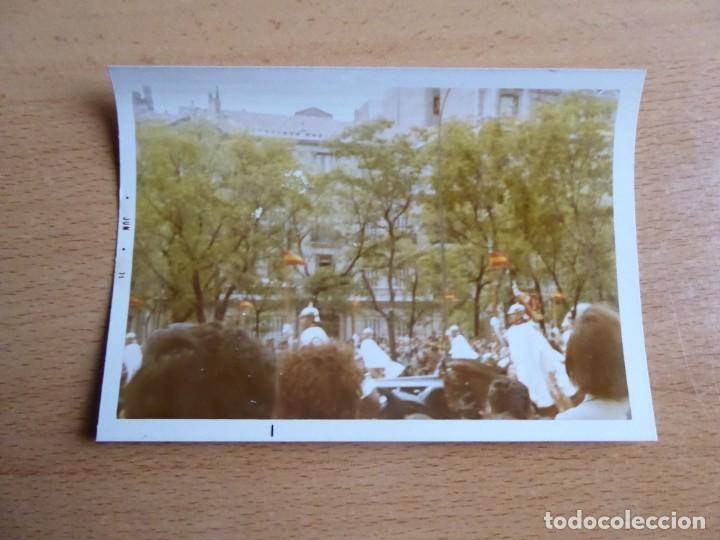 Militaria: Fotografía Guardia de Franco. Desfile de la Victoria 1971 - Foto 2 - 196980685