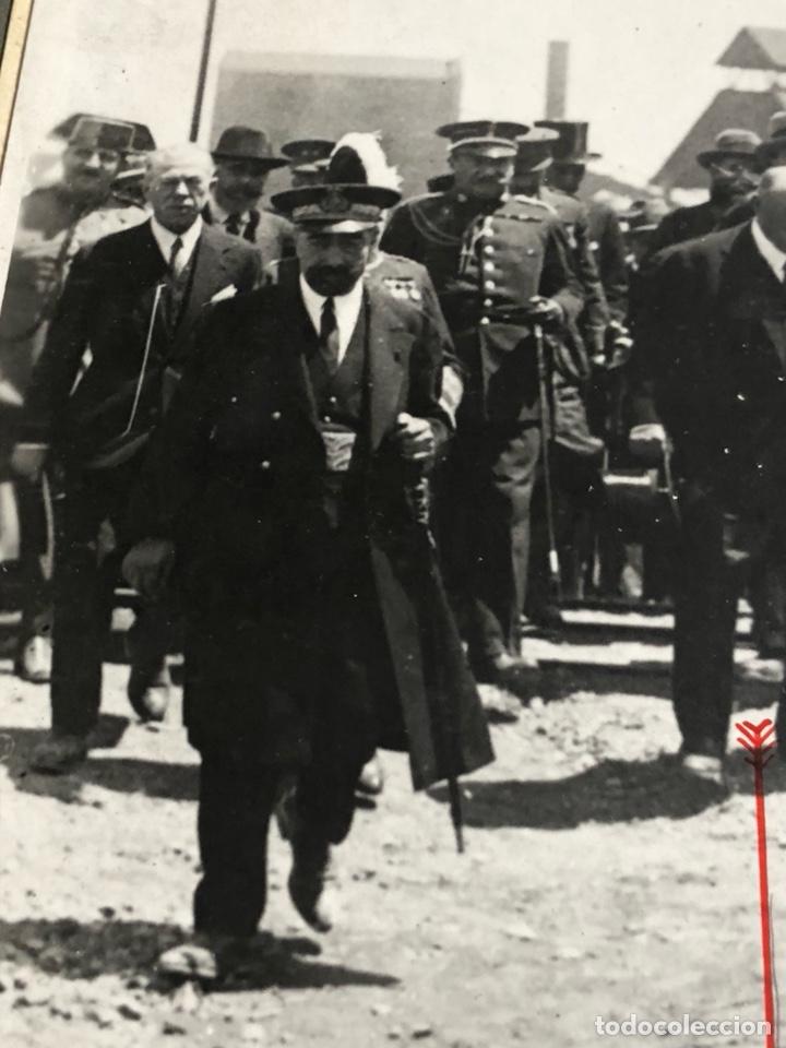 Militaria: Antigua fotografía original, Alfonso XIII y don ramon de la sota - Foto 3 - 197905291