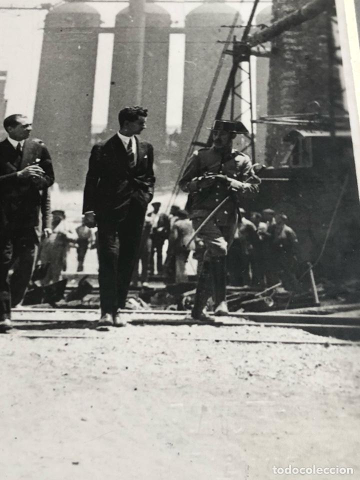 Militaria: Antigua fotografía original, Alfonso XIII y don ramon de la sota - Foto 4 - 197905291