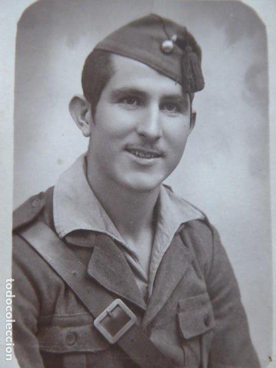 FOTOGRAFÍA SOLDADO ARTILLERÍA DEL EJÉRCITO NACIONAL. BARCELONA 8-1939 (Militar - Fotografía Militar - Otros)