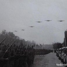 Militaria: FOTOGRAFÍA DESFILE DE LA VICTORIA. MADRID 1939. Lote 199421917