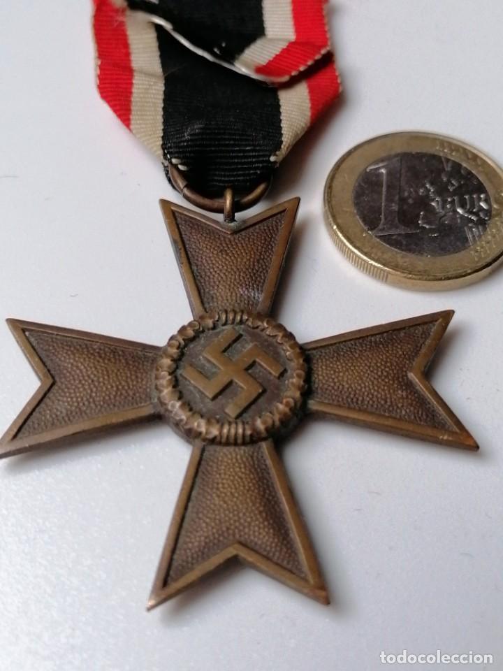 CRUZ DE MERITO MILITAR ALEMÁN SIN ESPADAS (Militar - Fotografía Militar - II Guerra Mundial)