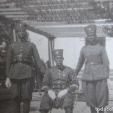 Militaria: FOTOGRAFÍA GUARDIA JALIFIANA. ALTA COMISARÍA TETUÁN 1931. Lote 199944758