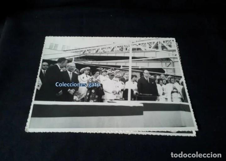 Militaria: 4 FOTOGRAFIAS OFICIALES DEL GENERAL FRANCISCO FRANCO - LANZAMIENTO DEL BUQUE BALEARES - Foto 5 - 160508926