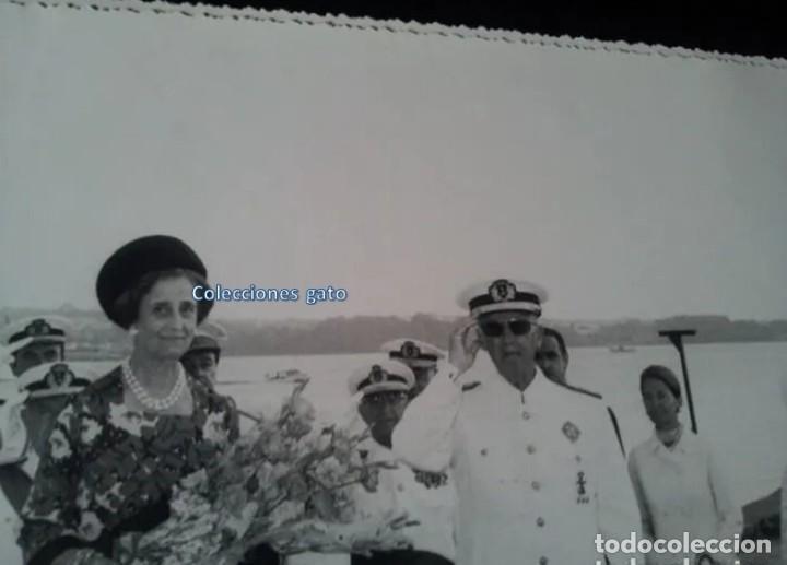 Militaria: 4 FOTOGRAFIAS OFICIALES DEL GENERAL FRANCISCO FRANCO - LANZAMIENTO DEL BUQUE BALEARES - Foto 7 - 160508926