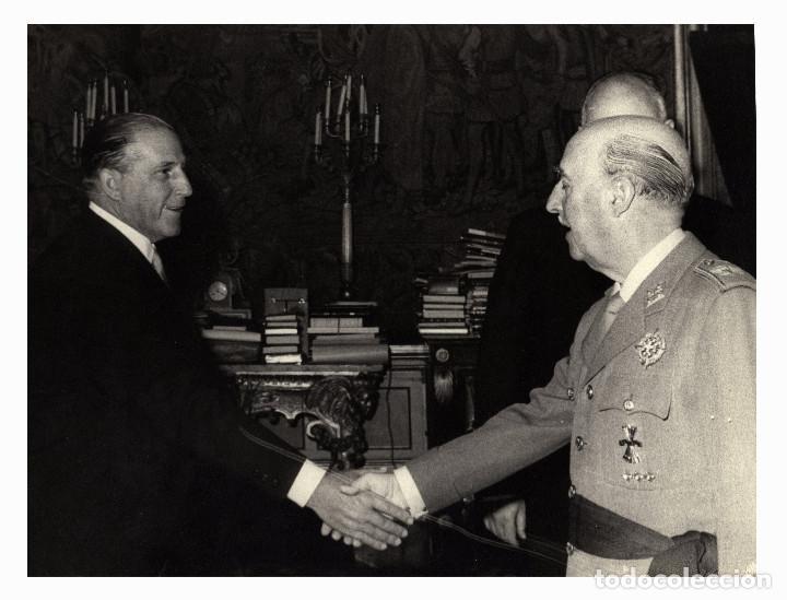MADRID.- GENERALÍSIMO FRANCISCO FRANCO, AUDIENCIA EN EL PALACIO DEL PARDO. 23X17,5. (Militar - Fotografía Militar - Otros)