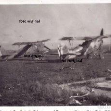 Militaria: AVIONES HEINKEL 45 AERODROMO ARAGONES (CARIÑENA?') NOVIEMBRE 1937 GUERRA CIVIL. Lote 201828141