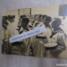 Militaria: ARMADA SAN FERNANDO, CADIZ, DESFILE DE RECLUTAS JURA BANDERA, FOTO LUIS PIÑEIRO APROX 1943 + INFO. Lote 202371847