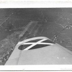 Militaria: 1938CA FOTOGRAFIA LEGIÓN CÓNDOR SOBREVOLANDO SANTANDER GUERRA CIVIL. Lote 203072595