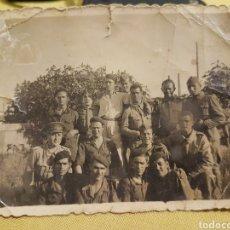 Militaria: FOTOGRAFÍA SOLDADOS FRANQUISTAS JEREZ DE LA FRONTERA GUERRA CIVIL. Lote 204321405