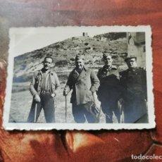 Militaria: GUERRA CIVIL, ANTIGUA FOTOGRAFIA SOLDADOS DEL BANDO NACIONAL, 85X60MM. Lote 204648930