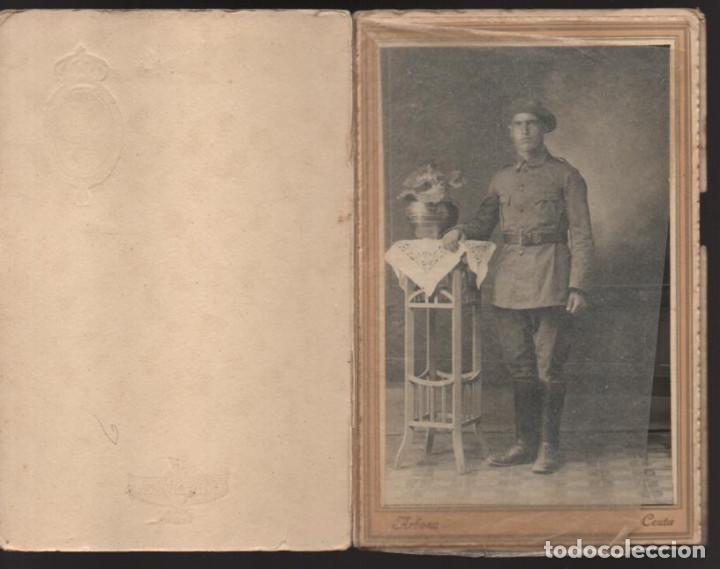 Militaria: CUTA- FOTO MILITAR- FOTOGRAFIA ARBONA- MIDE 15 X 10 C.M. CON PORTA FOTOS - Foto 2 - 206590846