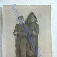 Militaria: FOTOGRAFÍA ANTIGUA. MILITARES EN LA GARITA. 3/2/1948 (8 X 6 CM). Lote 207080336