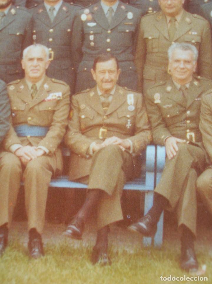 FOTO UNICA DE LOS INTEGRANTES DEL GOLPE DE ESTADO DEDICADA POR UNO DE ELLOS. 23 F. MILANS. TEJERO. (Militar - Fotografía Militar - Otros)