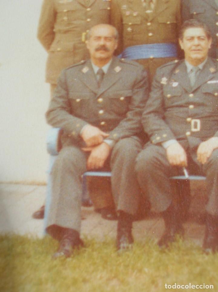 Militaria: FOTO UNICA DE LOS INTEGRANTES DEL GOLPE DE ESTADO DEDICADA POR UNO DE ELLOS. 23 F. MILANS. TEJERO. - Foto 3 - 207959111