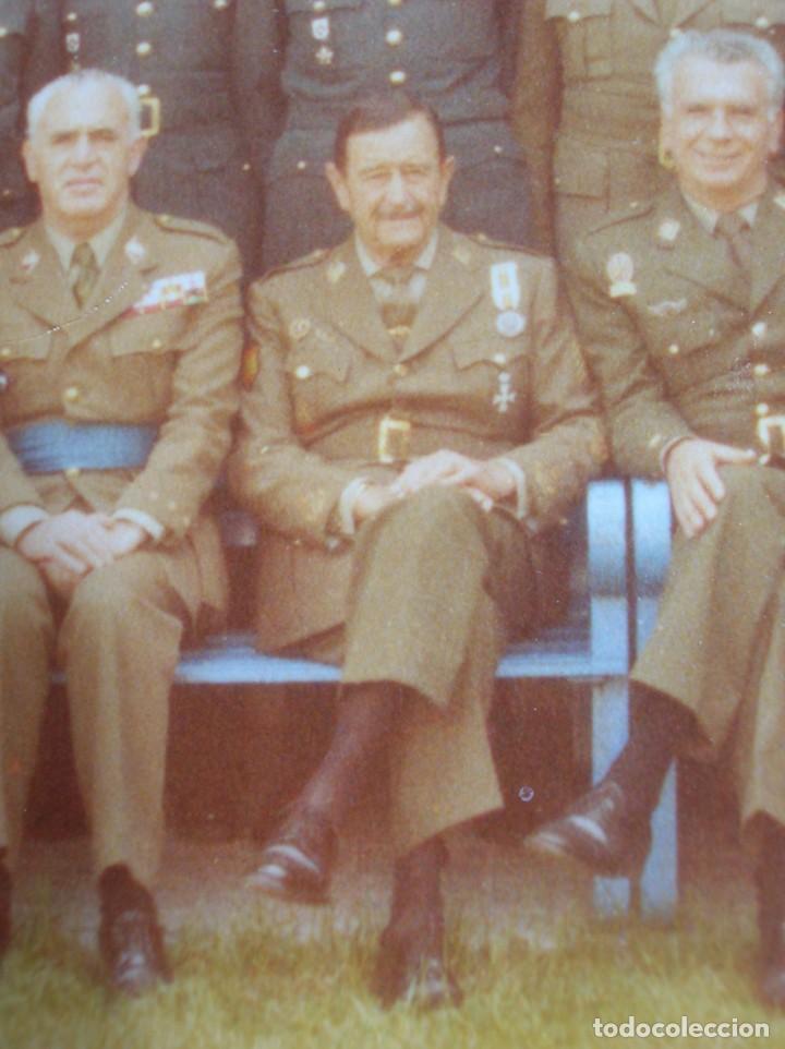 Militaria: FOTO UNICA DE LOS INTEGRANTES DEL GOLPE DE ESTADO DEDICADA POR UNO DE ELLOS. 23 F. MILANS. TEJERO. - Foto 4 - 207959111