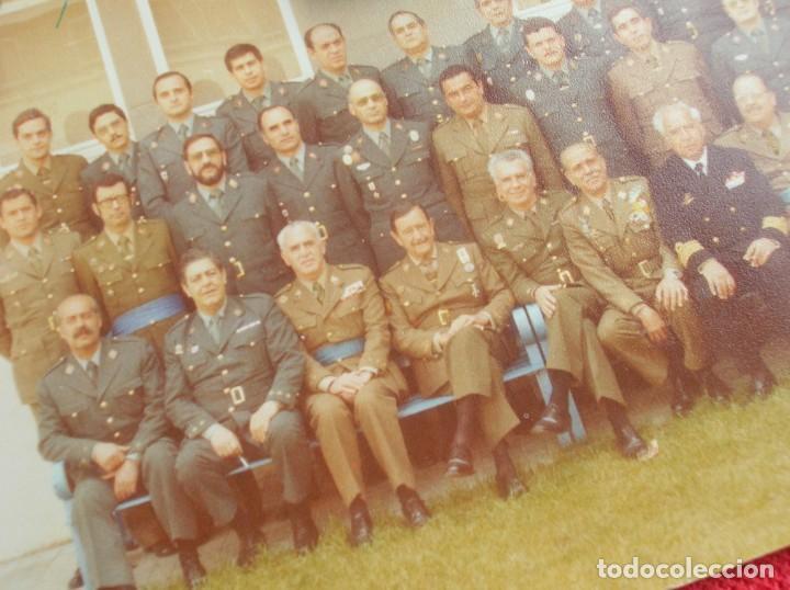 Militaria: FOTO UNICA DE LOS INTEGRANTES DEL GOLPE DE ESTADO DEDICADA POR UNO DE ELLOS. 23 F. MILANS. TEJERO. - Foto 6 - 207959111