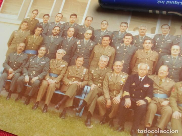 Militaria: FOTO UNICA DE LOS INTEGRANTES DEL GOLPE DE ESTADO DEDICADA POR UNO DE ELLOS. 23 F. MILANS. TEJERO. - Foto 7 - 207959111