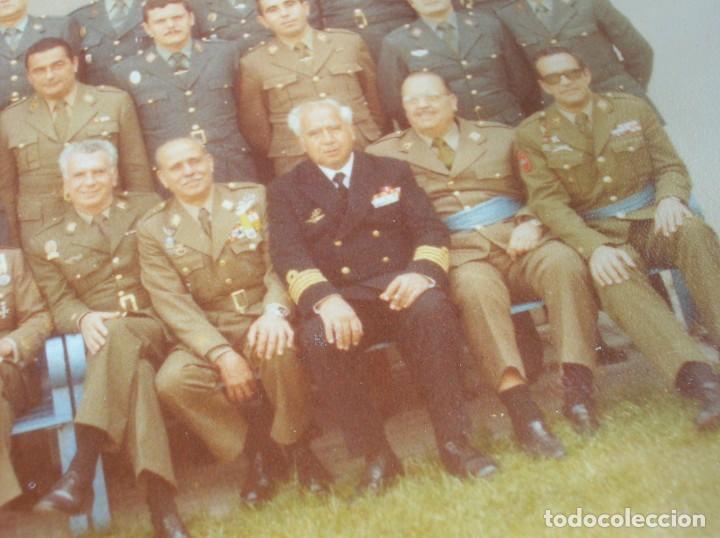 Militaria: FOTO UNICA DE LOS INTEGRANTES DEL GOLPE DE ESTADO DEDICADA POR UNO DE ELLOS. 23 F. MILANS. TEJERO. - Foto 15 - 207959111