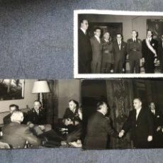 Militaria: MINISTERIO DE AIRE 3 FOTOS ANTIGUAS RECEPCION GENERALES MILITARES EMBAJADOR AVIADORES 17,3X11,. Lote 208059635