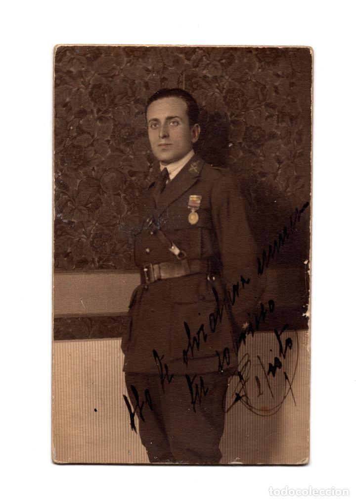 MILITAR CON MEDALLA CAMPAÑA DE ÁFRICA. ALFONSO XIII. 1923. POSTAL FOTOGRÁFICA. (Militar - Fotografía Militar - Otros)