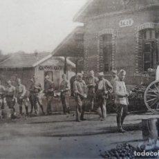 Militaria: DISTRBUTION DE LA SOUP A LA ROULANTE - CAMP DE MAILLY. REPUBLICA FRANCESA. AÑOS 1914-18. Lote 209859170